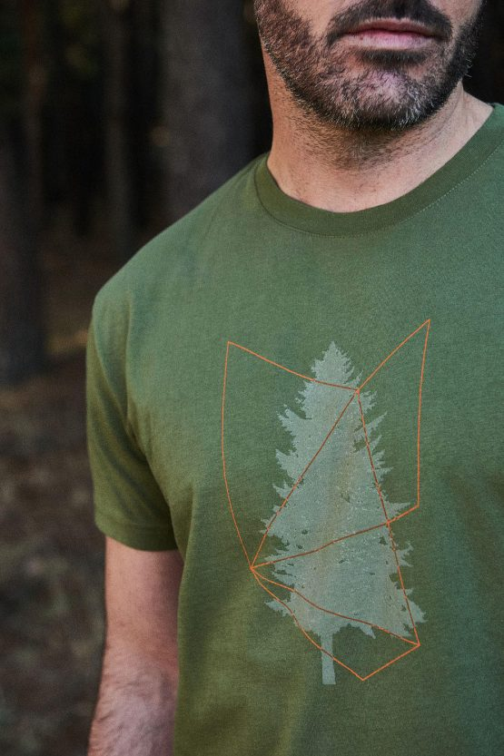 CAMISETA ESTAMPADA TREE de hombre. Tienda de ropa ecológica y sostenible Green Forest