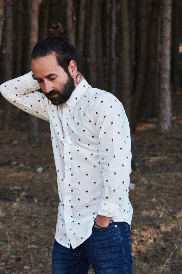 CAMISA ESTAMPADA WILD FOREST de manga larga, algodón orgánico. Green Forest Wear marca española de moda sostenible online para hombre