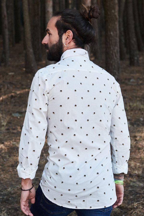 CAMISA ESTAMPADA WILD FOREST. De la colección de ropa ecológica online para hombre.