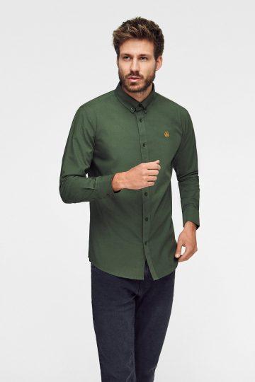 camisa lisa rifle green ecológica en color verde militar con logo bordado a mano