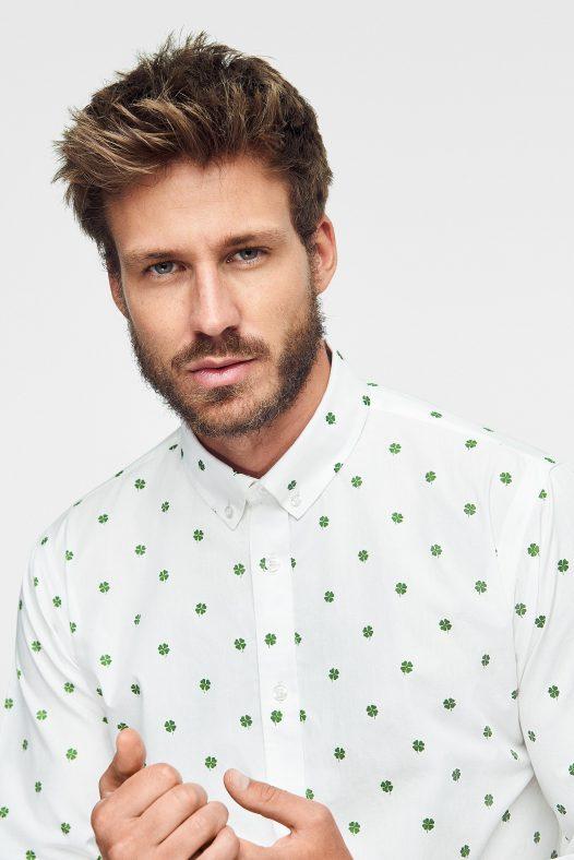 camisa para hombre estampada con tréboles Green forest wear