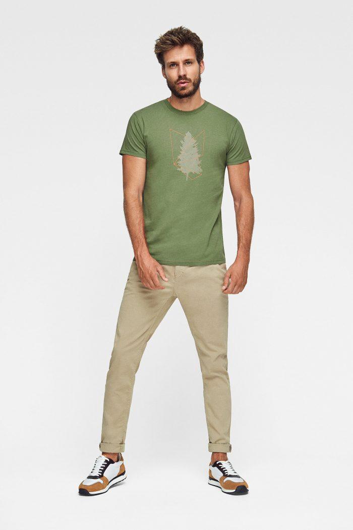 camiseta de algodón orgánico en color verde con estampado árbol