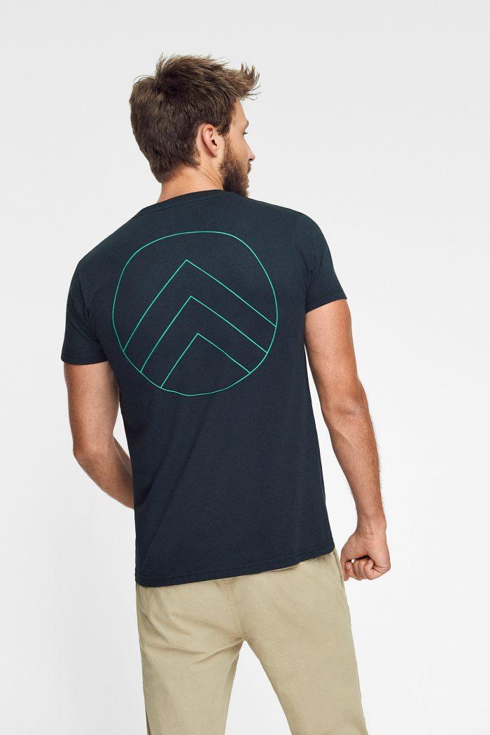 camiseta ecológica green forest wear en color negro
