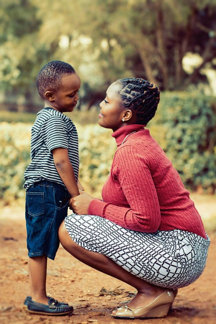 Nada comparable a la sonrisa de un niño feliz junto a su madre