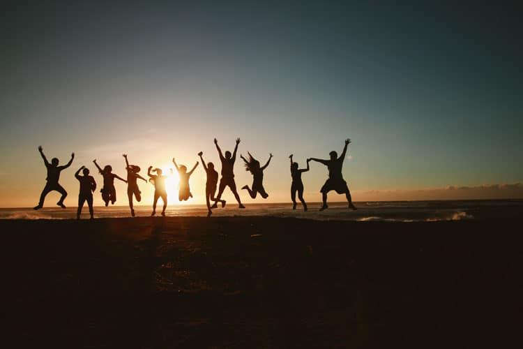 La felicidad de una vida slow con amigos